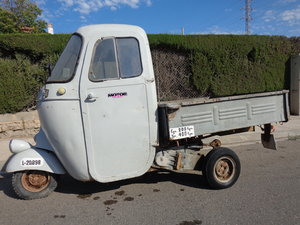 1962 Vespacar 125 For Sale