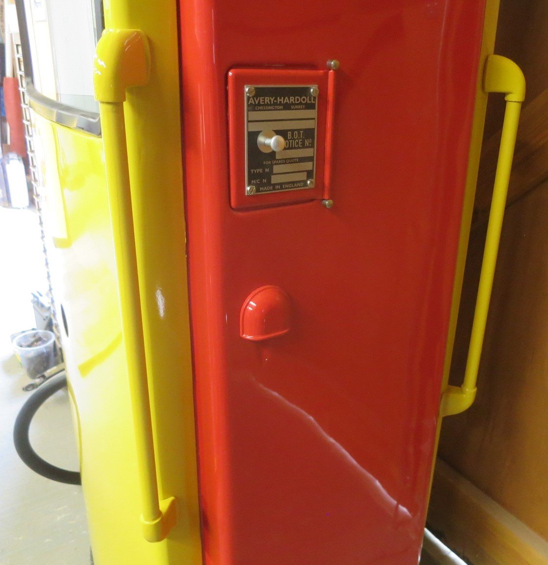 1960 Avery Hardoll restored petrol pump SOLD (picture 6 of 6)