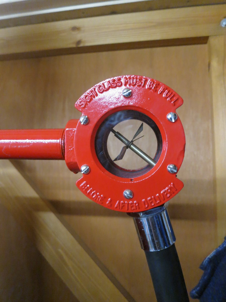 1955 Avery Hardoll 1950's restored Shell petrol pump For Sale (picture 4 of 6)