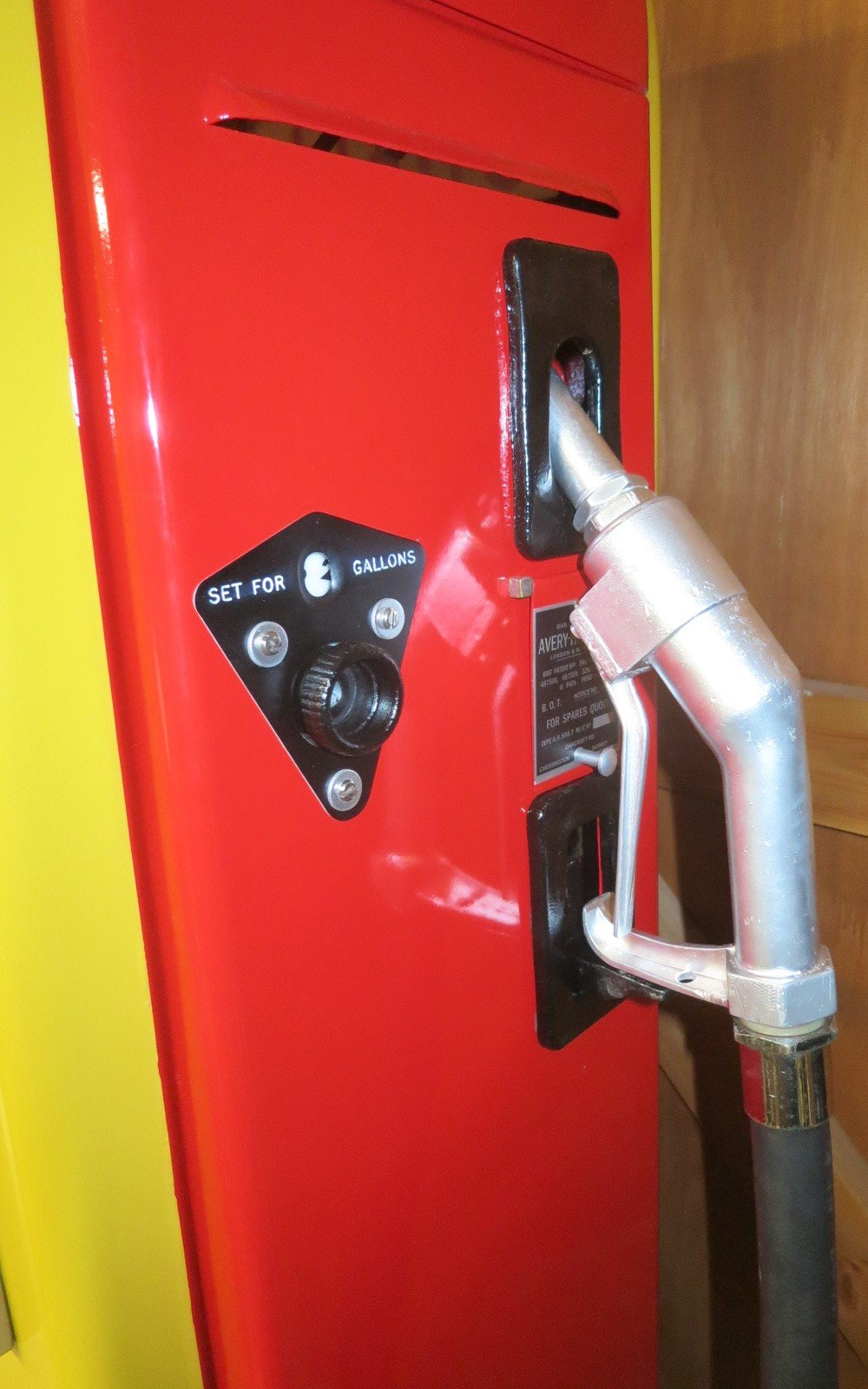 1955 Avery Hardoll 1950's restored Shell petrol pump For Sale (picture 5 of 6)
