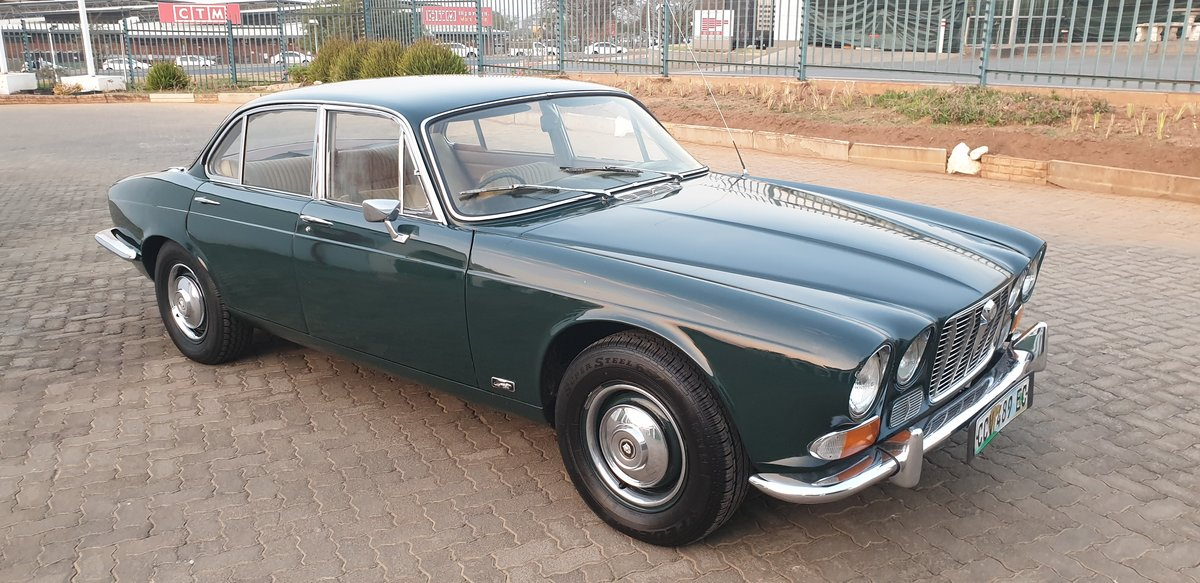1970 Jaguar XJ6 Series 1 Manual OD For Sale (picture 2 of 6)