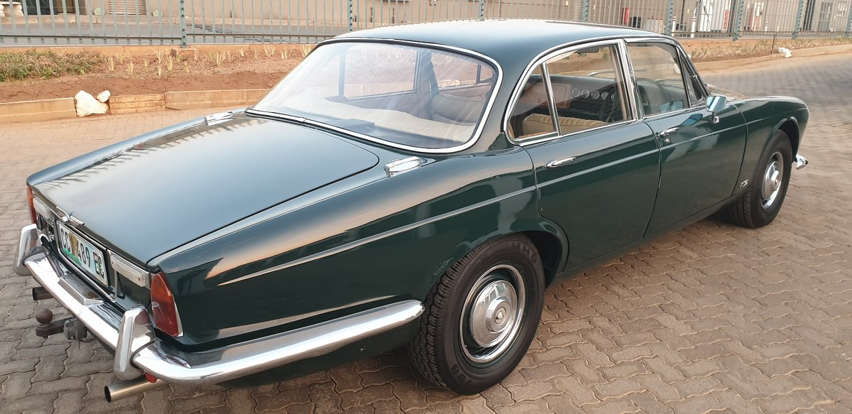 1970 Jaguar XJ6 Series 1 Manual OD For Sale (picture 4 of 6)
