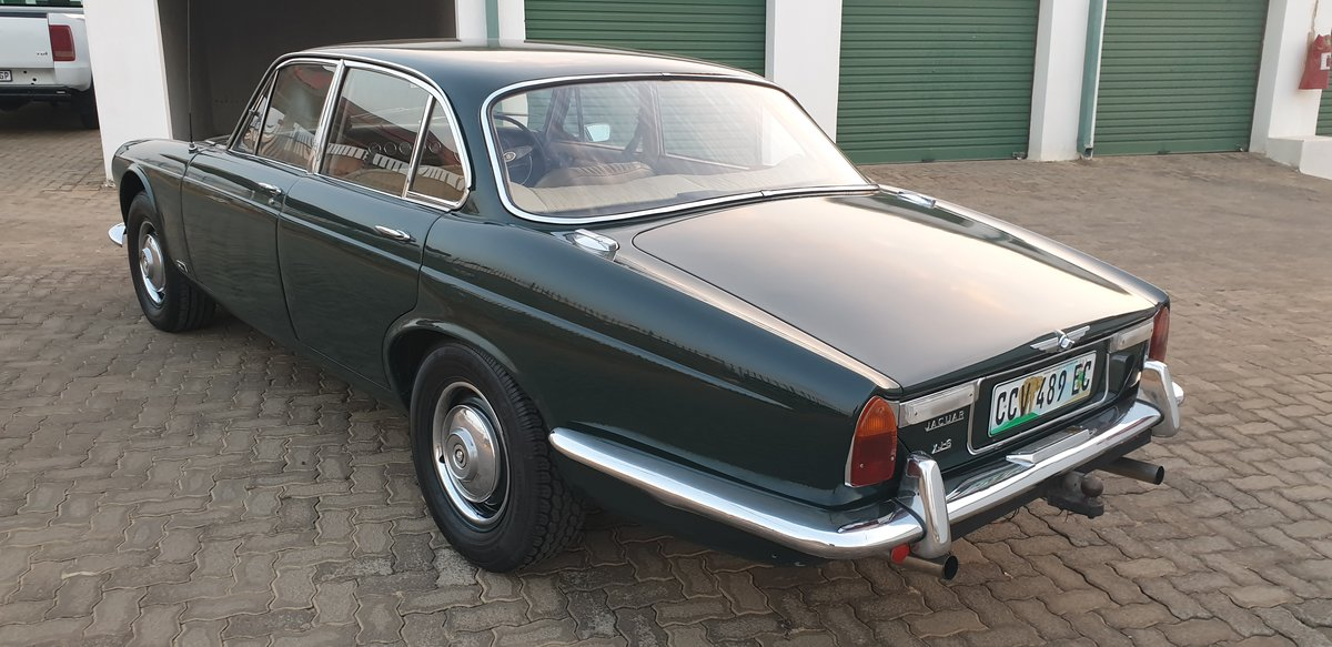 1970 Jaguar XJ6 Series 1 Manual OD For Sale (picture 5 of 6)