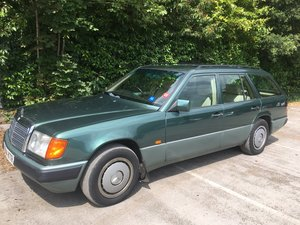 1992 Mercedes 300TD Diesel Automatic 7 seat Estate