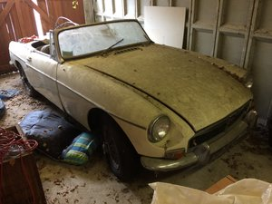 1964 MGB Roadster A project for the winter! SOLD