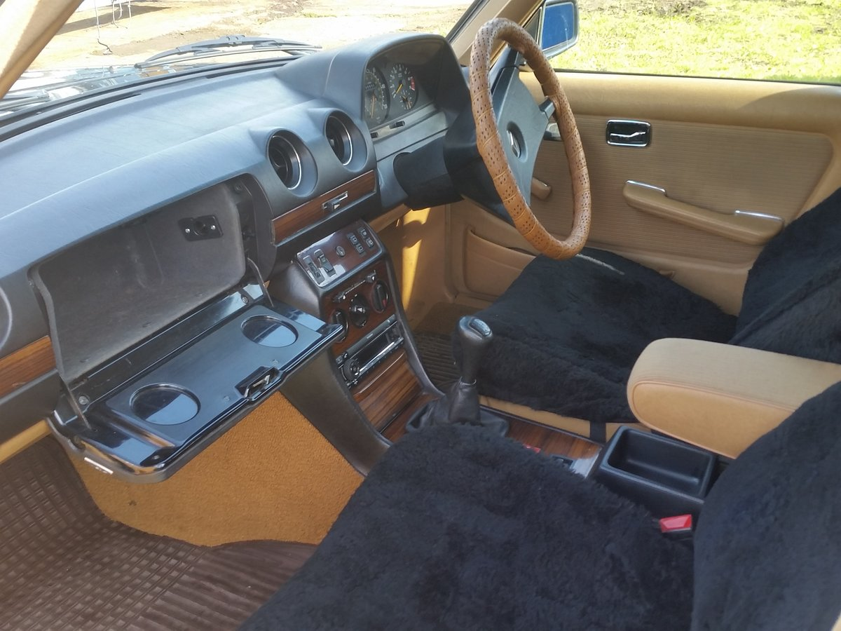 1984 Mercedes W123 beautifull rust free 7 seat estate SOLD (picture 4 of 6)