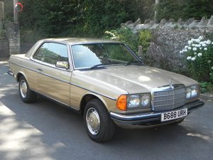 1984 Mercedes W123 230CE, rare 5 speed manual gearbox For Sale