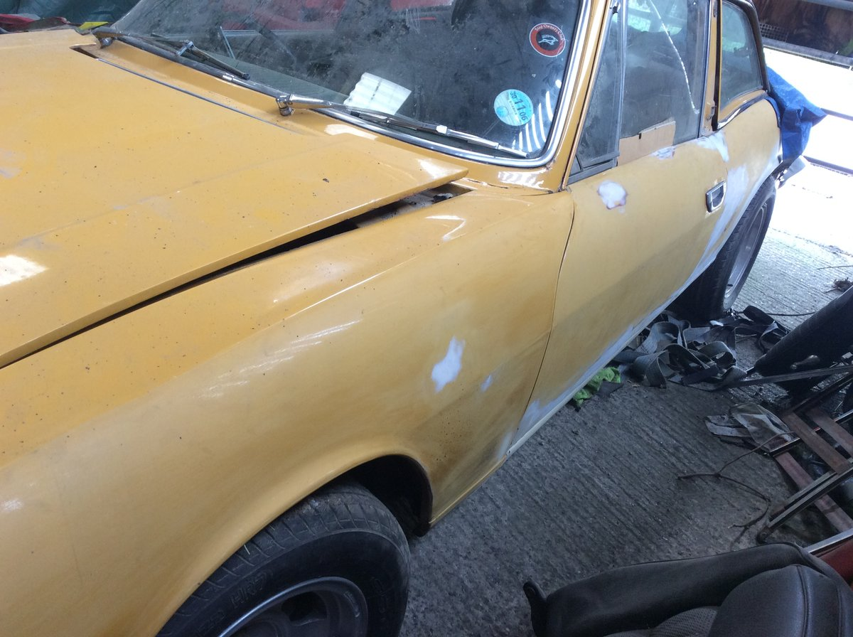 1972 Triumph Stag Manual overdrive barn find. For Sale (picture 3 of 6)
