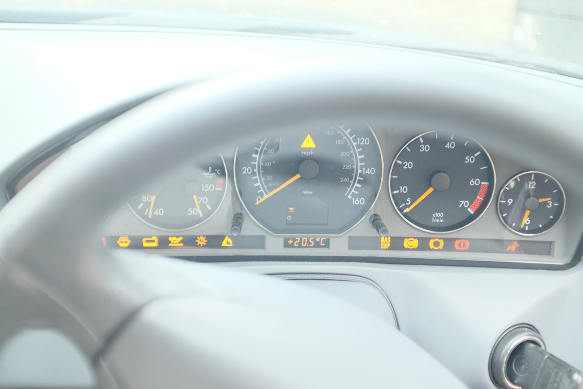 1999 Mercedes 320SL S Reg For Sale (picture 2 of 6)
