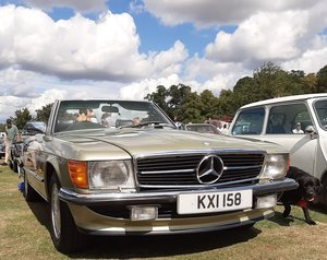 Mercedes 500sl r107 v8