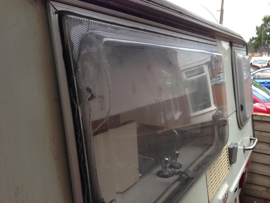 0000 Vintage Safari Caravan For Sale (picture 6 of 6)