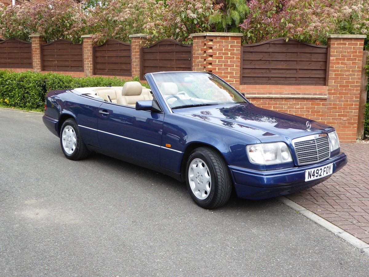 1995 Mercedes  E220 Cabriolet A124 Immaculate SOLD (picture 1 of 6)