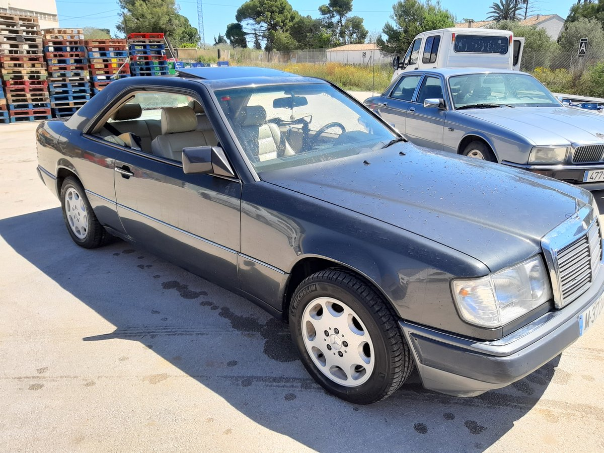 1991 Mercedes 300CE Lhd For Sale (picture 1 of 4)