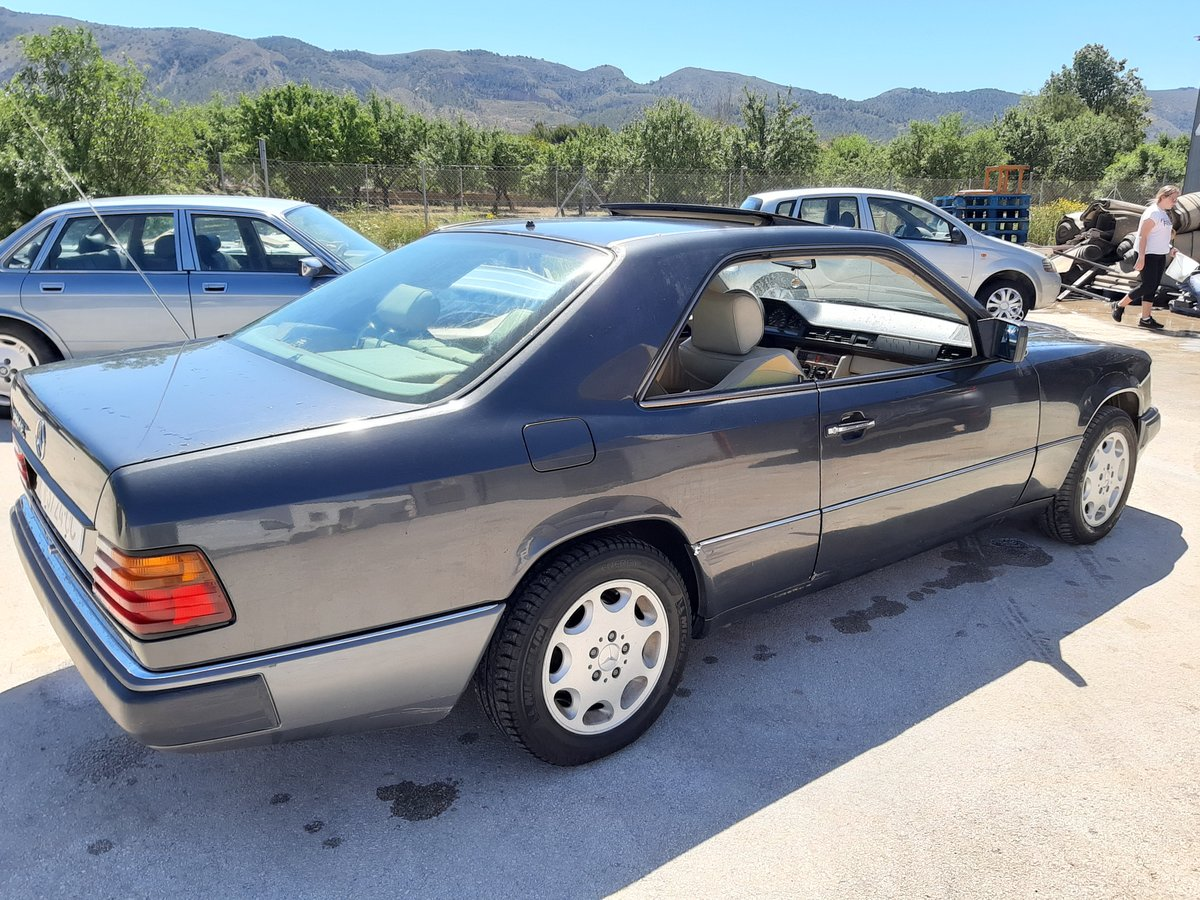 1991 Mercedes 300CE Lhd For Sale (picture 2 of 4)