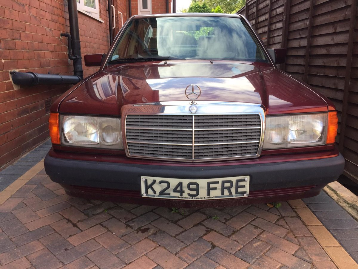 1993 Mercedes 190E LE only 1000 made low mileage For Sale (picture 2 of 6)