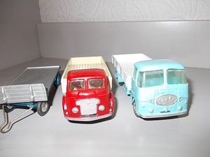 1960 Two superb Corgi models and trailer For Sale