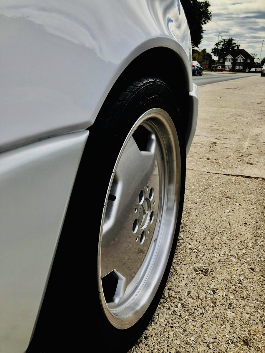 1992 Mercedes SL 500 Lovely White Convertible For Sale (picture 5 of 6)