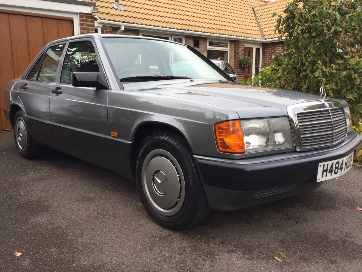 1990 Mercedes 190E Auto 1.8 13,538 miles,. Outstanding  For Sale (picture 2 of 6)