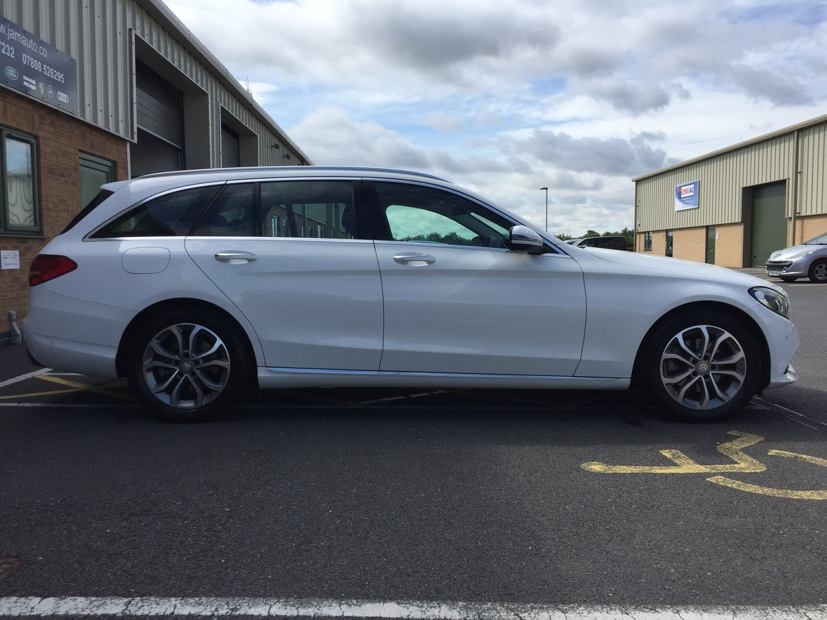 2015 C Class 2.0 C200 Sport (Premium) 7G-Tronic FSH For Sale (picture 3 of 6)