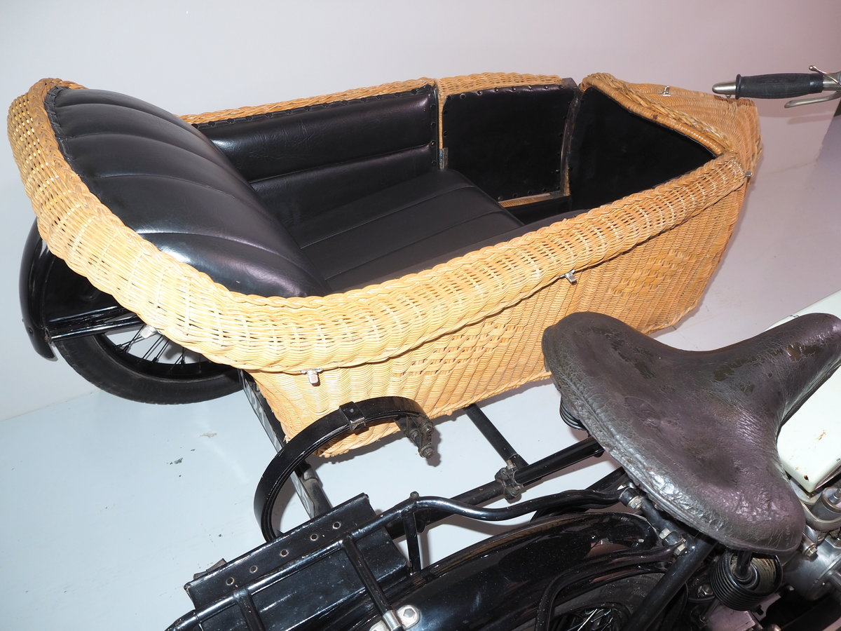 1921 Saroléa outfit with wicker chair Exceptional  For Sale (picture 4 of 6)