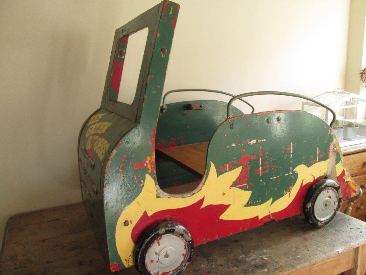 Green Goddess Fairground carousel For Sale (picture 1 of 6)