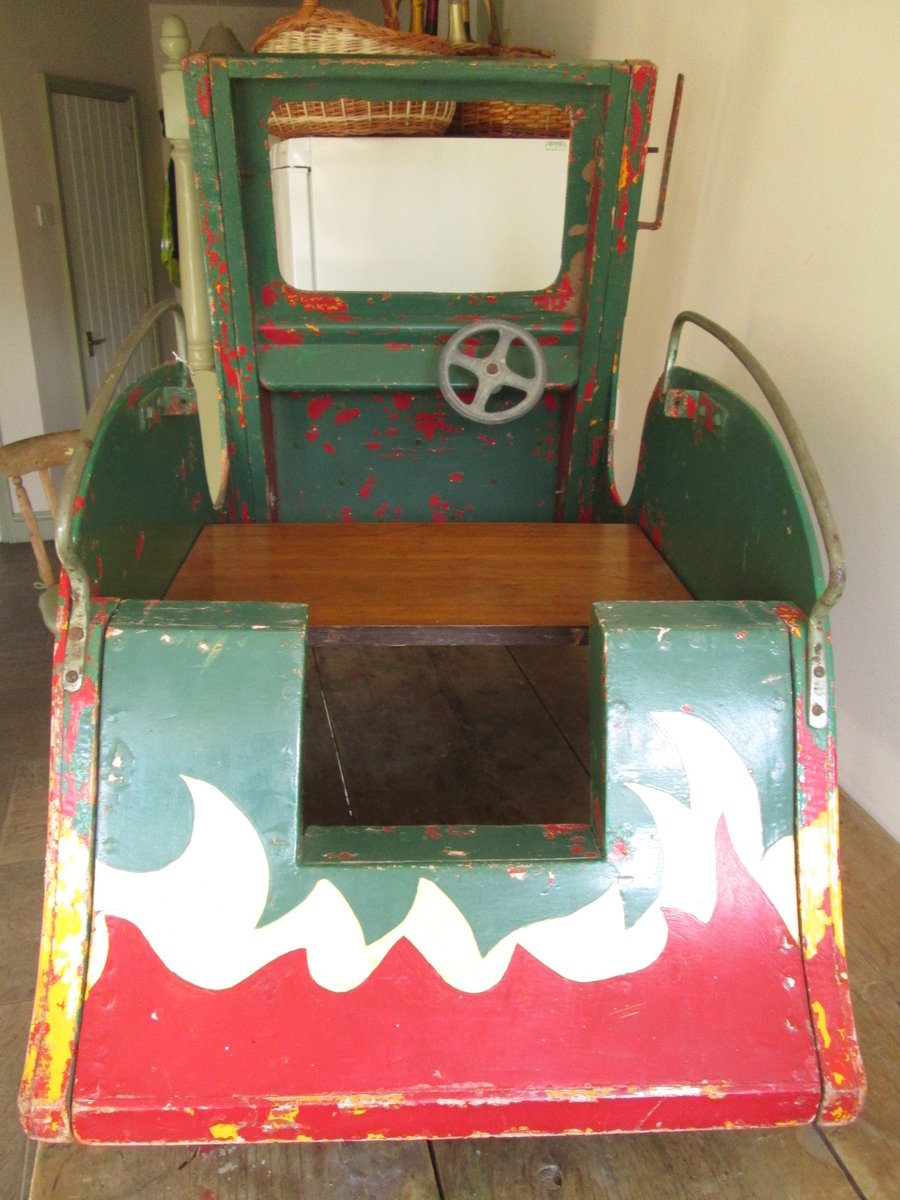Green Goddess Fairground carousel For Sale (picture 3 of 6)
