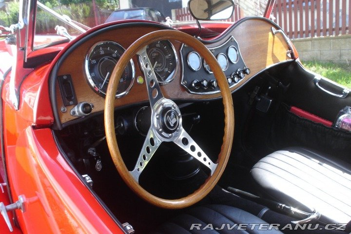 1972 MG/TR4 Schmalbach For Sale (picture 4 of 5)