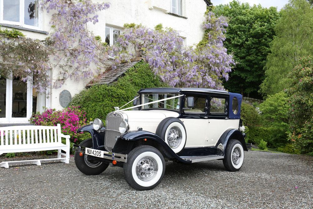 2003 VMC Landaulette Wedding Car For Sale (picture 2 of 6)