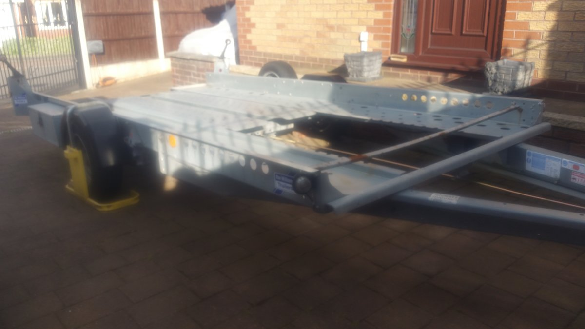 2016 Ivor Williams Car Trailer For Sale (picture 1 of 4)