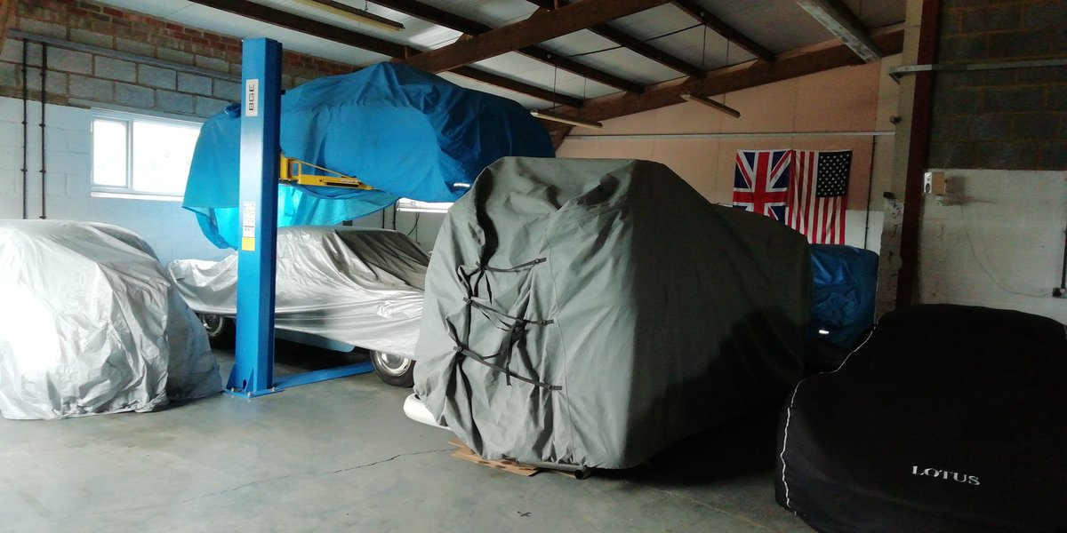 Classic Car Storage - East Northants  (picture 4 of 4)
