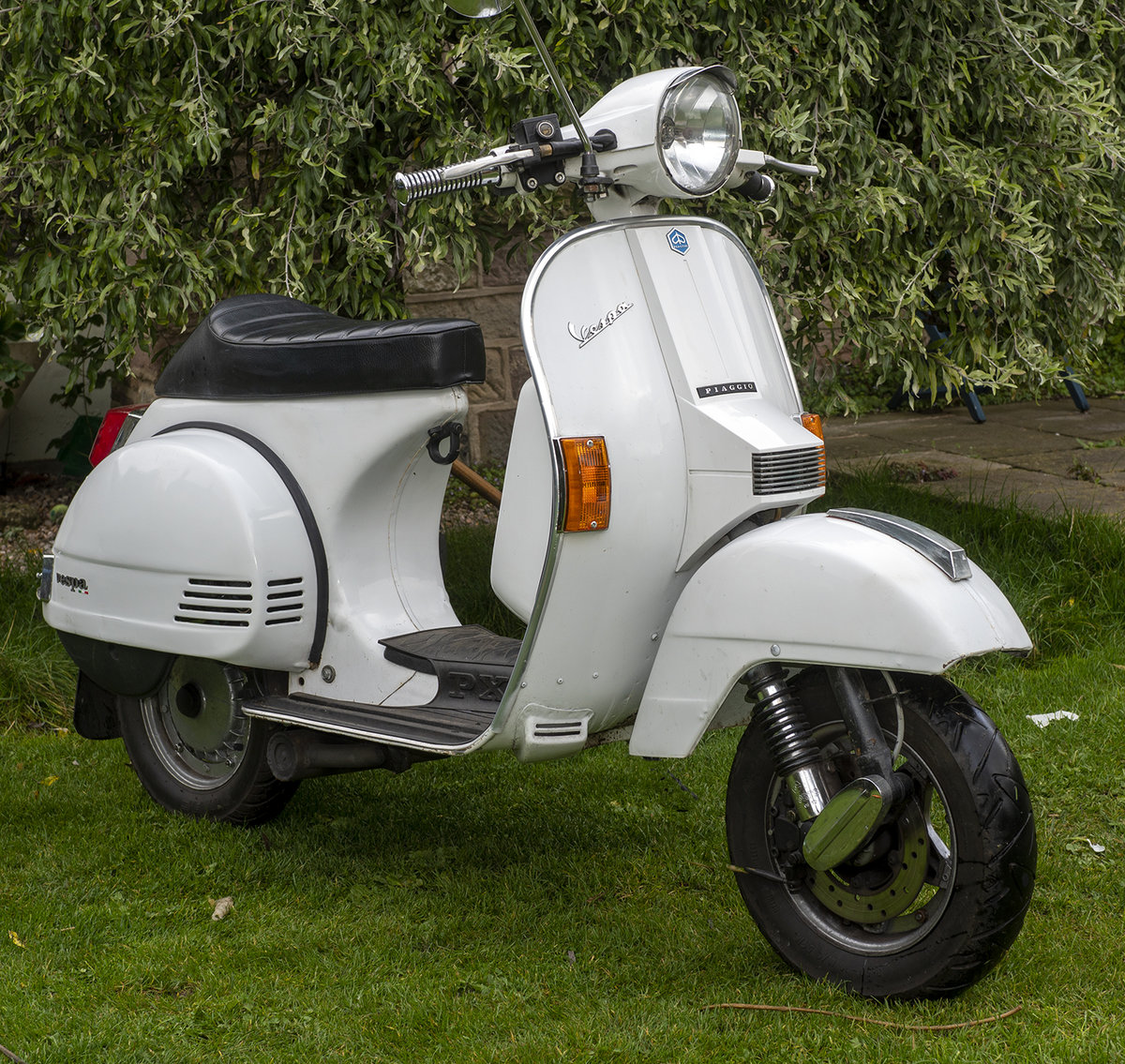 2013 Vespa ll 125 4t SOLD (picture 1 of 6)