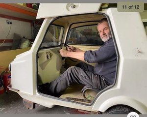 Mini comtesse tiny microcar 49cc