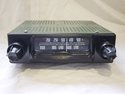 Classic and Vintage Converted Car Radios For Sale (picture 1 of 6)