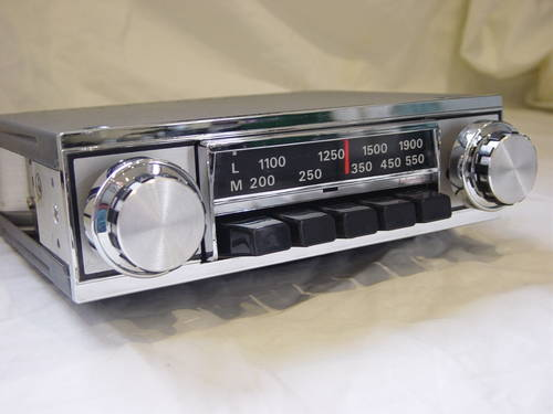 Classic and Vintage Converted Car Radios For Sale (picture 2 of 6)