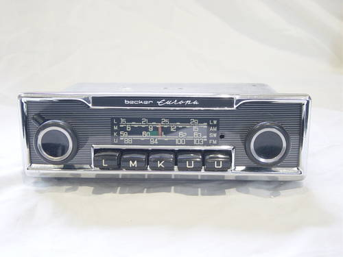 Classic and Vintage Converted Car Radios For Sale (picture 5 of 6)