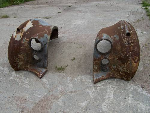 1950 Bentley Mk6 front wings For Sale (picture 1 of 6)