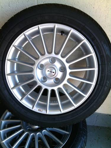 Fox racing 3 evo  premier  alloys with tyres For Sale (picture 3 of 6)
