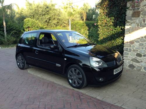 2004 Excelent unmolested  RENAULT CLIO  182 SPORT , CUP For Sale (picture 2 of 5)