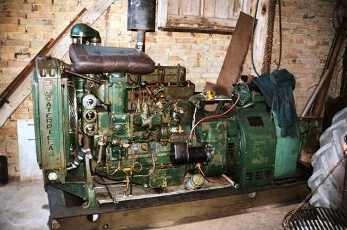 1942 WW2 RAF generator with Caterpillar D4 engine For Sale (picture 1 of 2)
