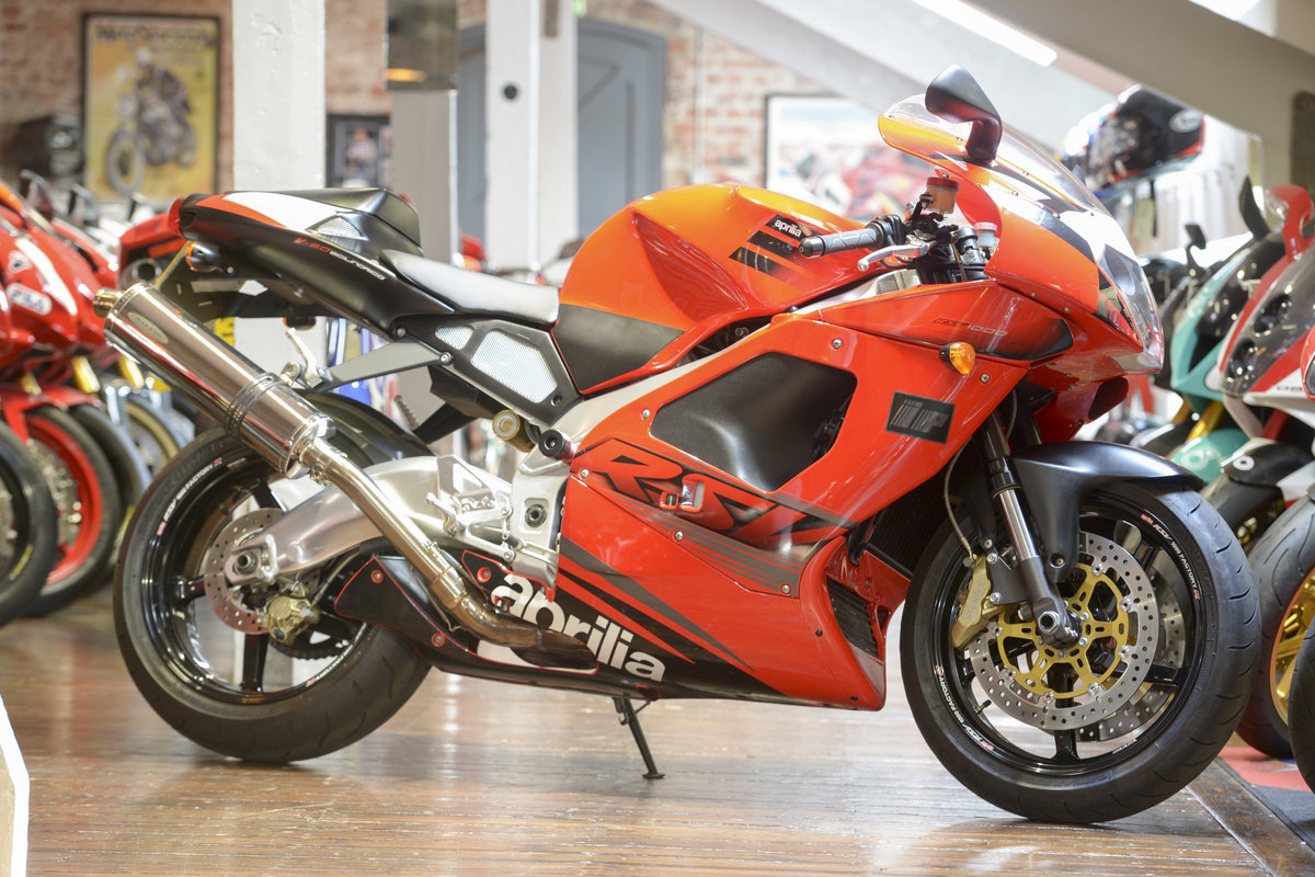 2003 Aprilia RSV1000R Evo Stunning low mileage example For Sale (picture 1 of 6)