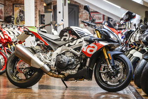 Aprilia Tuono V4 1100 Factory with Dymag Carbon Wheels