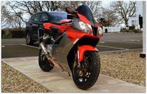2003 APRILIA RSV1000 R STUNNING LOW MILEAGE PAMPERED EXAMPLE