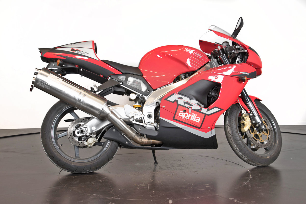 APRILIA - RSV 1000 - 2000 For Sale (picture 1 of 6)