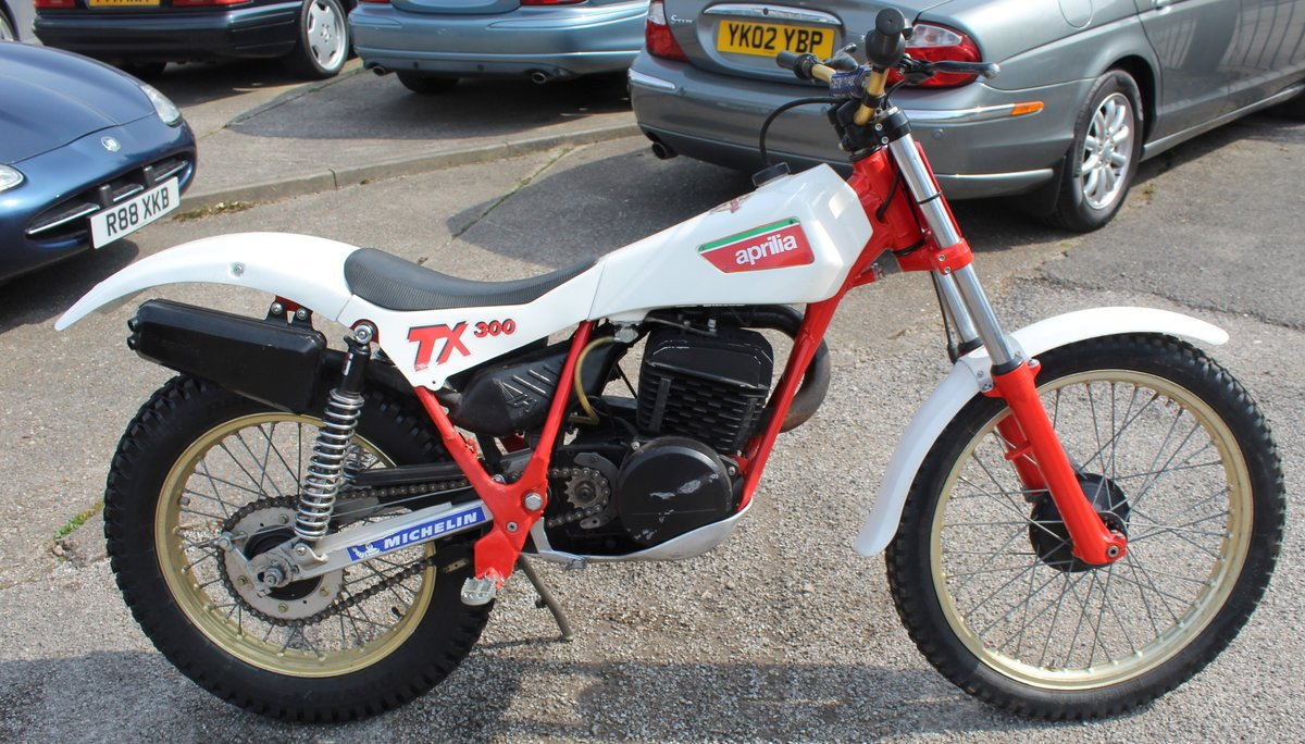 1985 Aprilia TX 300 Air Cooled Twin Shock Trials Bike  For Sale (picture 4 of 5)