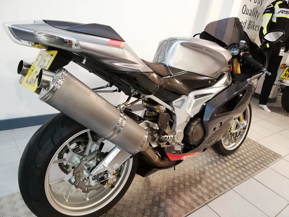2003 Aprilia RSV1000R Factory SOLD (picture 3 of 6)