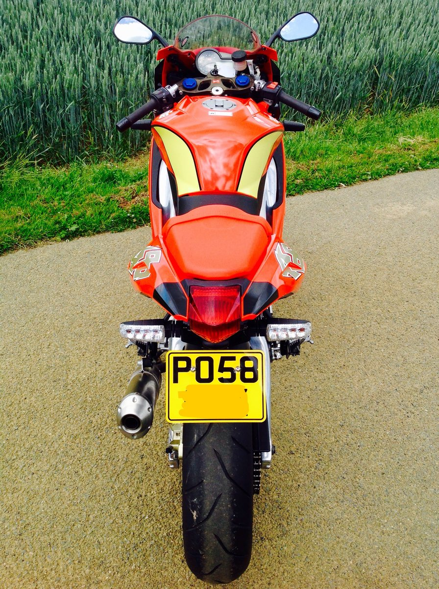 2008 Aprilia RS125. 2 Stroke. Full Power. 693m only. SOLD (picture 5 of 6)