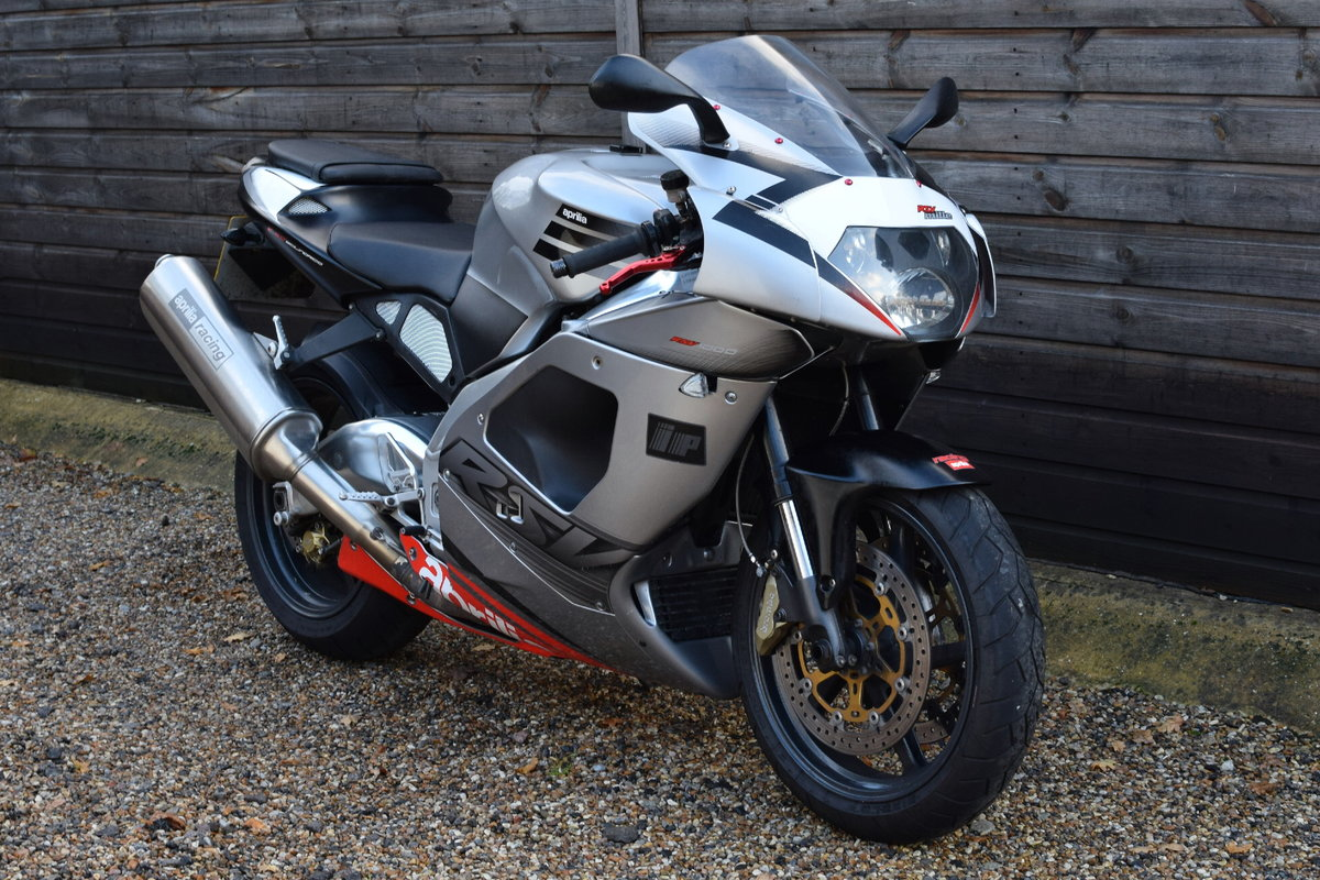 Aprilia RSV 1000 Mille (Standard and Original) 2003 03 Reg SOLD (picture 1 of 6)