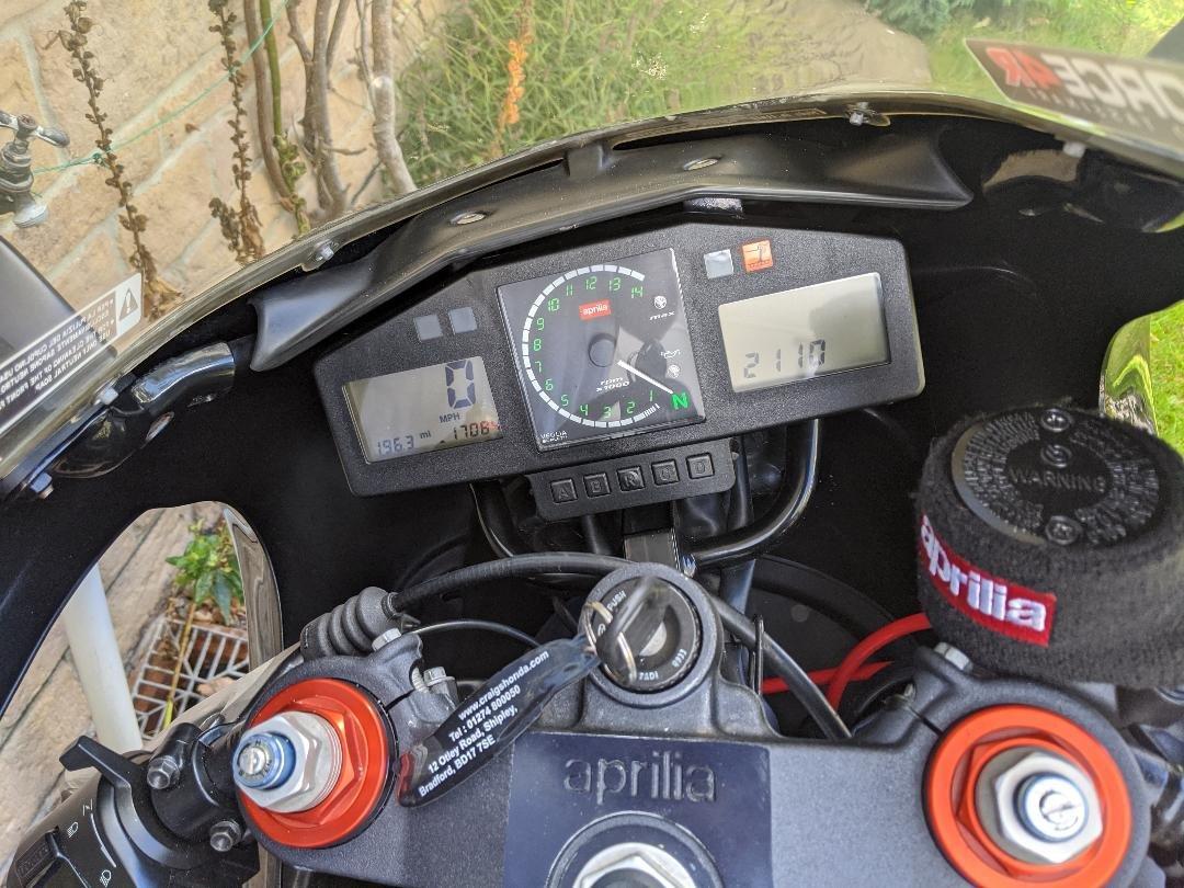 2000 Aprilia RS 250 (Mk2)  For Sale (picture 3 of 5)