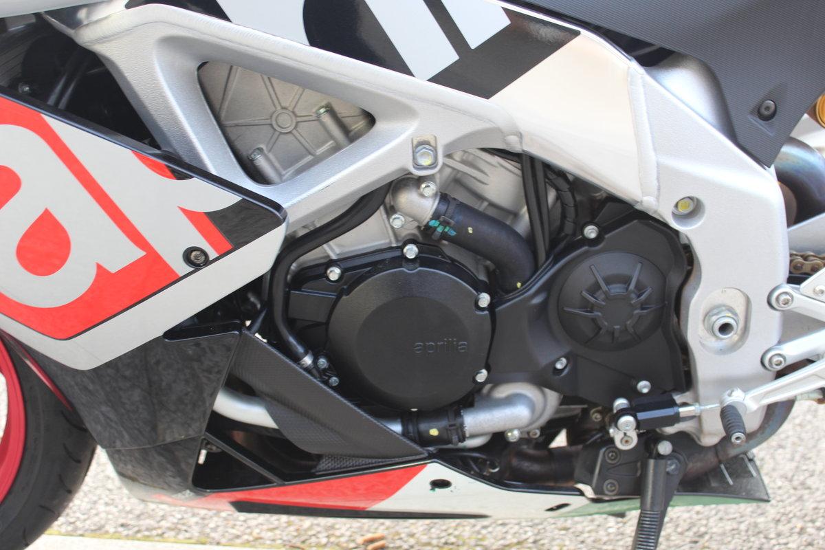 2016 16 Aprilia RSV4 1000 APRC Super Sports Black Silver Red For Sale (picture 10 of 12)