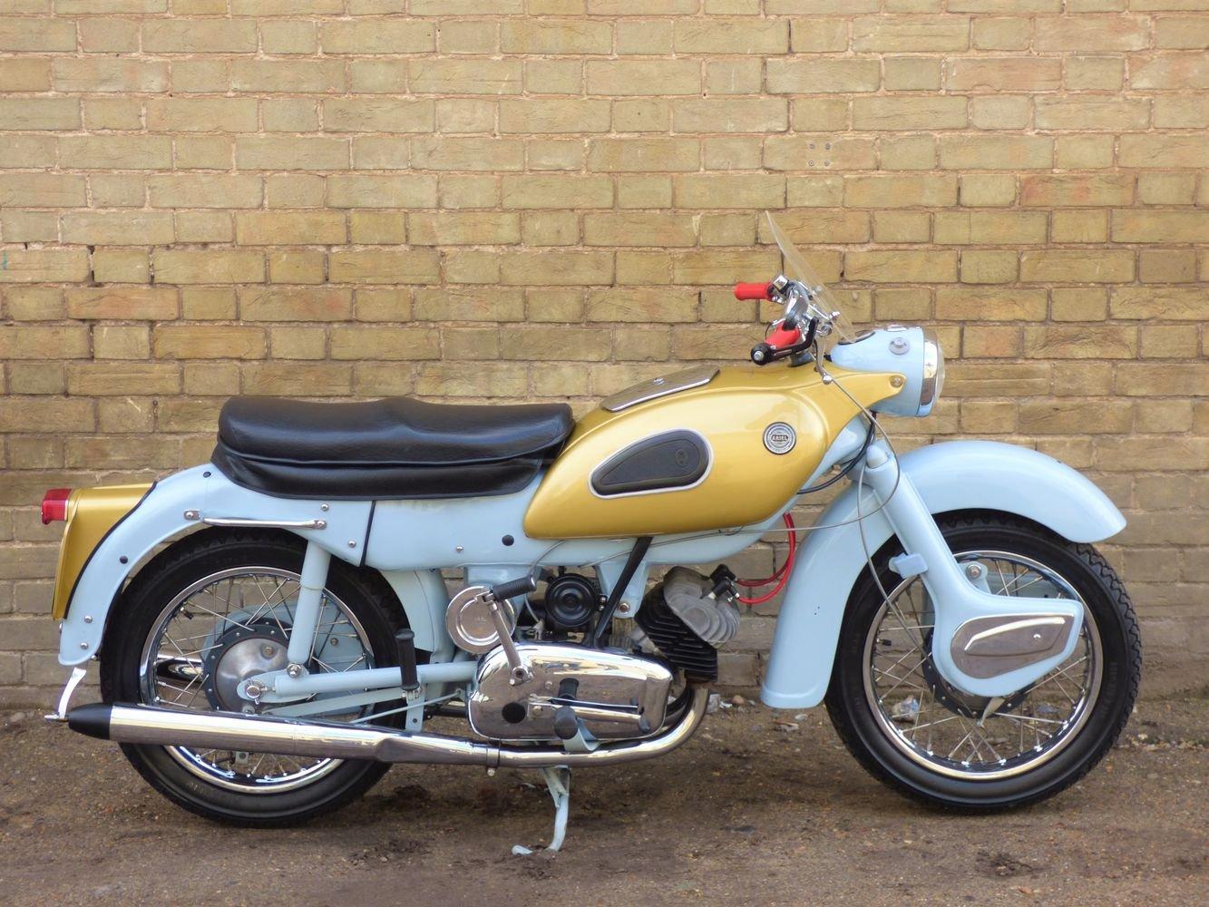 1961 Ariel 'Golden' Arrow Super Sports 250cc SOLD (picture 2 of 6)
